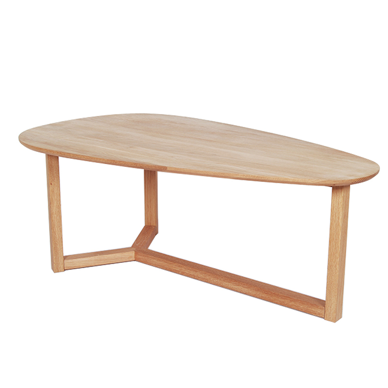 Cheap minimalist japanese style small apartment living for Cheap oak coffee table