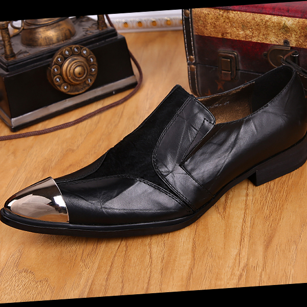 2016 Men Fashion Gold Metal Rivets Pointed Toe Solid Color Oxfords Hair Stylist Heighten Shoes T Show Party dress Leather Shoes<br><br>Aliexpress