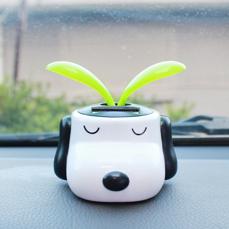 Solar Powered Dog Dancing Flip Flap Swinging Shook His Head For Car Decoration Lovely(China (Mainland))