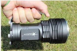 Racing new M6 monster 5 x nuclear T6 light LED flashlight 18650 super bright
