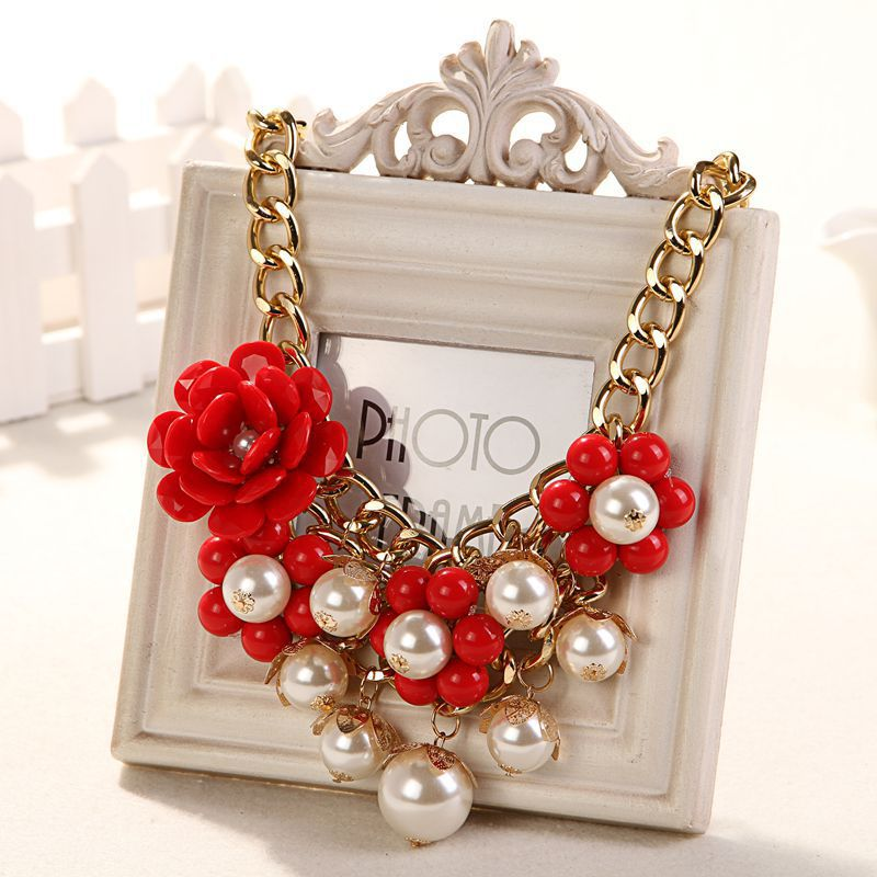 RED Necklaces & Pendants Hot Sale White Resin Flower Vintage Choker Statement Necklace Fashion Jewelry ZA01(China (Mainland))
