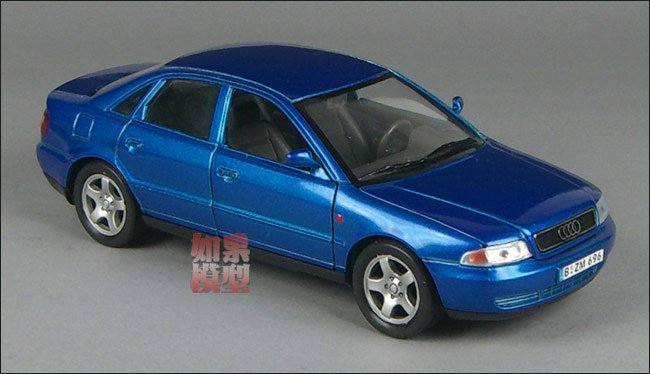NEW 1:24 AUDI A4 Alloy Diecast Car Model Toy Collection With Box Blue B1559(China (Mainland))