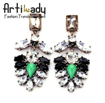 Artilady alloy crystal stud earring fashion gold plating flower shaped earrings for women jewelry party gift