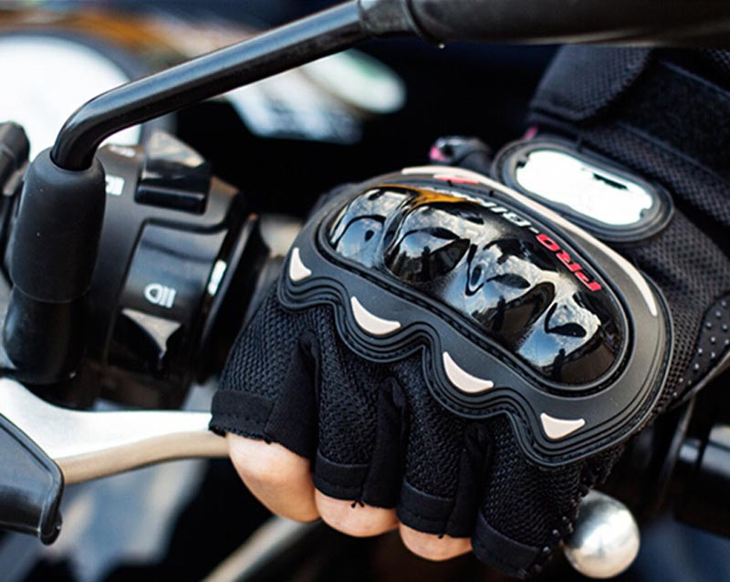 motorcycle gloves 11