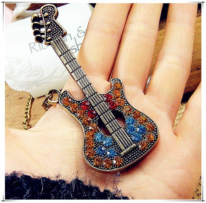 2015 New Fashion Hot-Selling Jewelry Simulated Diamond Vintage Guitar Long Necklace Sweater Chain Female 66N41(China (Mainland))