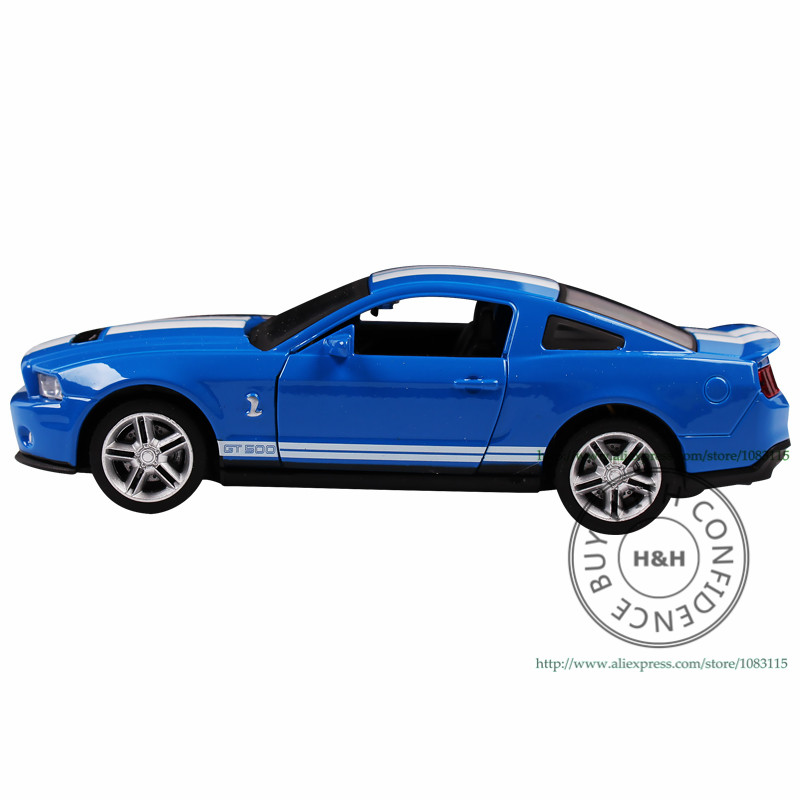 3 Colors 1:32 GT-500 Metal Diecast Mustang Car Toys For Children Boys Miniature Sound and Light Model Car Gift with Simple Box(China (Mainland))
