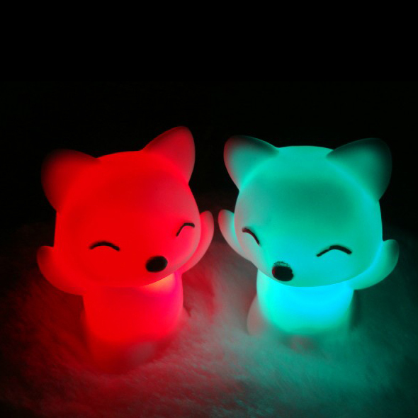 Гаджет  Free Shipping Colorful Little Fox Toy Night Light with AG13 cell battery LED bulb RGB Lighting EVA material None Свет и освещение