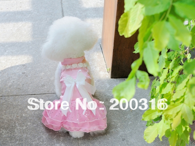Cute Three Color selection Pet Dog's Dress with small rose decoration Clothing for dog