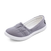 2016 New Women Loafers Soft Slip On Canvas Flats Shoes Woman Solid Casual Lady Breathable Shoes For Mother Platform Shoes XWF293(China (Mainland))