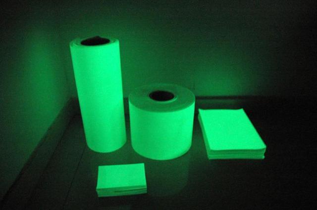 quantity of Fluorescent Glow Vinyl Luminous film/glow in the dark vinyl/photoluminesc
