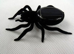 free shipping Solar Energy Powered Spider toys