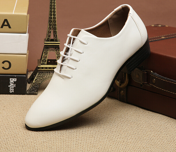 Quality Brand New Business Dress Shoes Black And White Fashion Male Casual Leather Shoes Pointed Toe Lace Men's Wedding Shoes 8(China (Mainland))