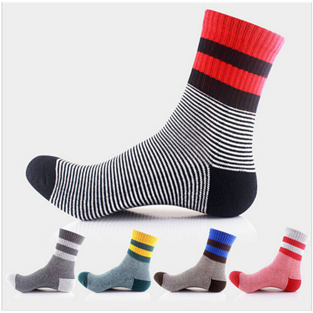 5 Pairs/lot 2016 Fashion Colorful Socks Men Hit Color Stripe Dot Jacquard Cotton Summer Style Happy Sox Casual Men's Dress Sock(China (Mainland))