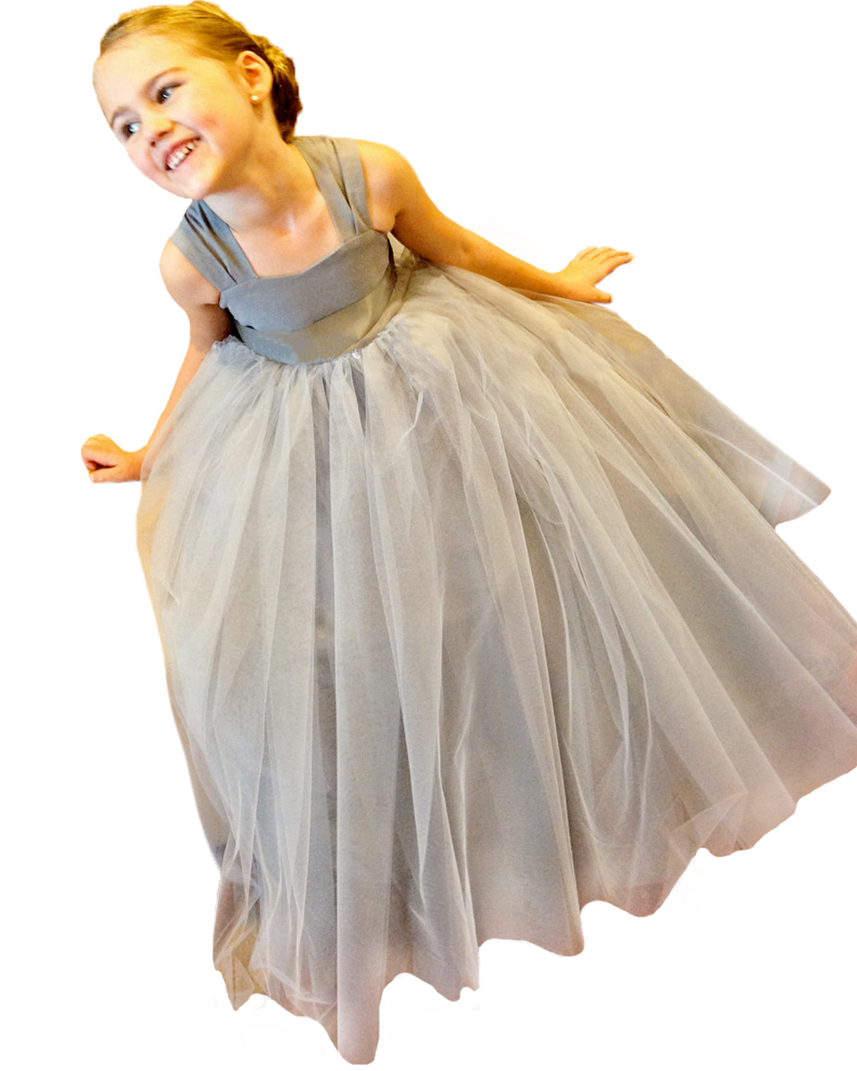 Our wholesale tutu for girls help your little girl become a vision of loveliness, all you need is a bit of ingenuity or a few good tips, a pink tutu, black tutu, white tutu or any of our wholesale tutu skirts designed for little girls, a few hair adornments, and perhaps a set of fairy wings.