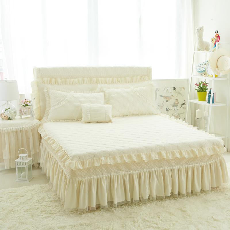 achetez en gros princesse couvre lit en ligne des grossistes princesse couvre lit chinois. Black Bedroom Furniture Sets. Home Design Ideas