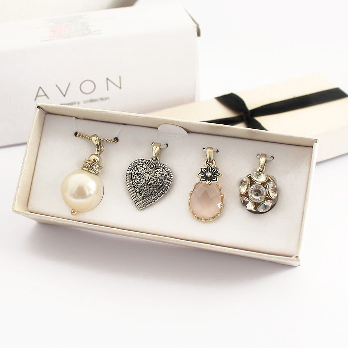 New Womens Heart Flower Ball Faux Pearl Crystal Drop Four Pendants Set Alloy Short Necklace & Box Classic Fashion Gift Jewerly(China (Mainland))