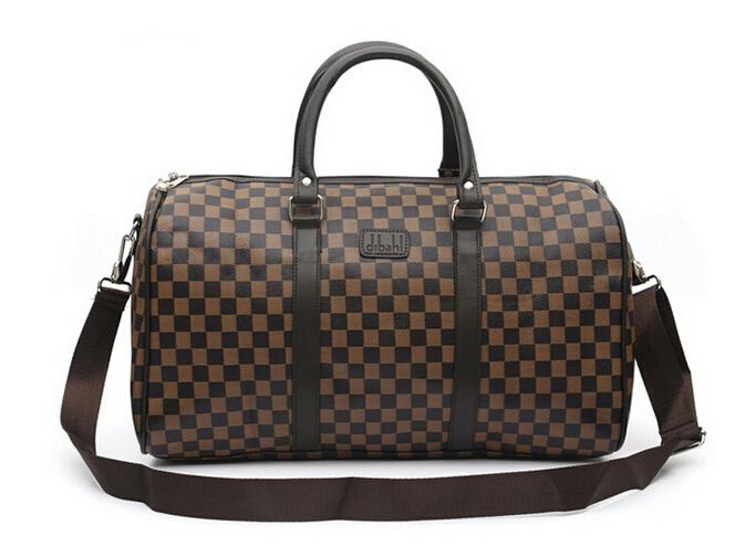 Fashionable Gym Bag For Men