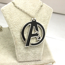 Drop Shipping The Avengers A Symbol Superhero Enamel Collares Pendant Necklace Cheap Wholesale Movie Jewelry Chain Necklace 2015