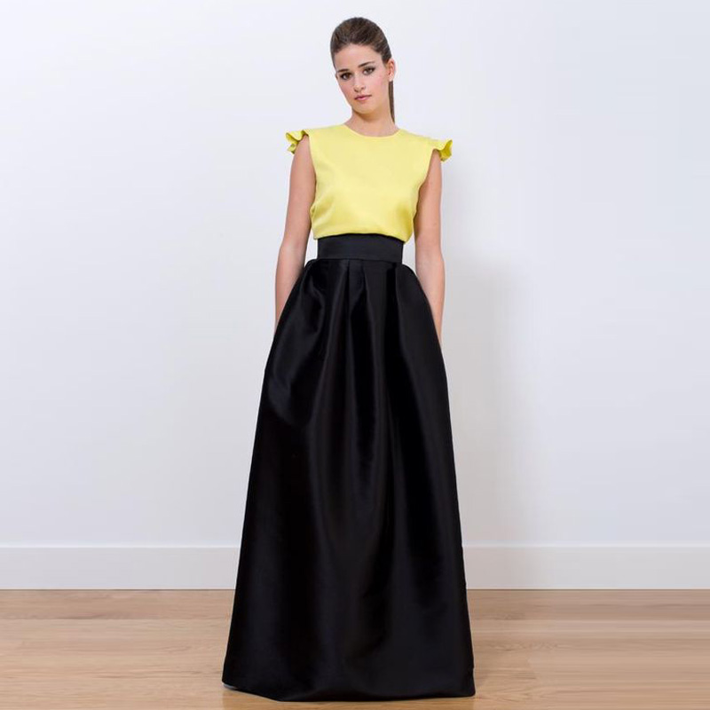 Luxury Office Formal Look  Black Shirt And Pencil Grey Skirt Black Shoes