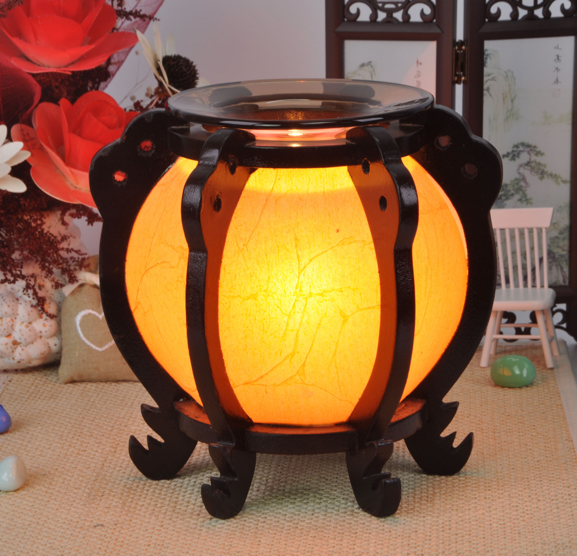 Household adornment essence oil lamp wooden Chinese wind restoring ancient ways fashion fragrance lamp light a night light(China (Mainland))