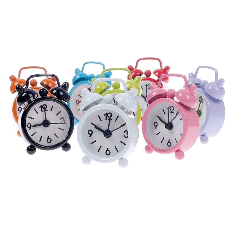 Alarm Clock Ringing likewise Cartoon Digital Alarm Clock besides 12 Midnight Clock additionally Alarm Clock Logo further Awake 2. on alar clock clip art