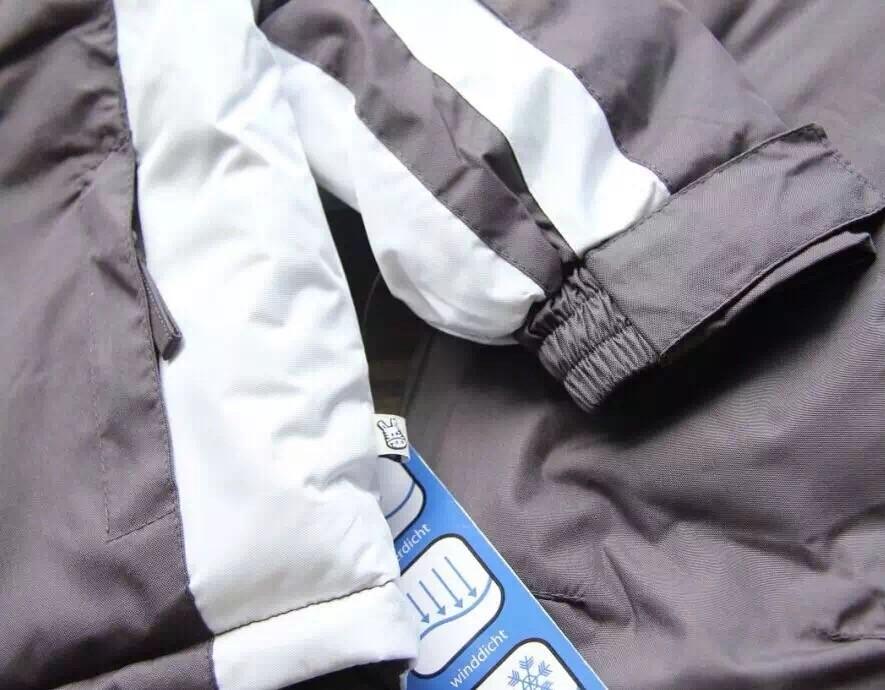 Скидки на Горячие продать Небольшой childten лыжный костюм мальчики зимой На Открытом Воздухе водонепроницаемый хлопок проложенный толстые теплые куртки + брюки 2 шт./компл.