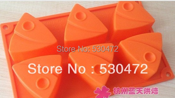 Wholesale,free shipping , Baking mould 6 hole Triangle salmon shape soap mold/ silicone Cake Mold /10 pcs 23.5*13*3.3 CM(China (Mainland))