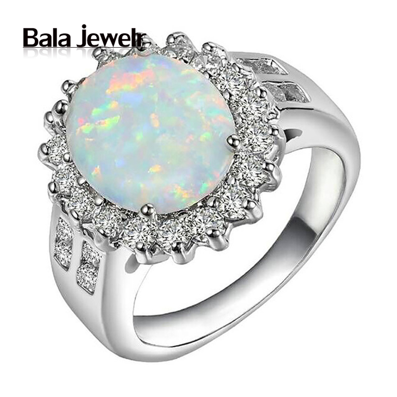 New Opal Ring Fashionable Sapphire Engagement Rings For Womens 18K White Gold