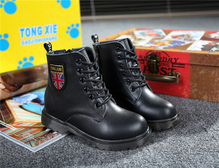 Free shipping 2015 Winter Fashion children martin boots bright japanned motorcycle boys girls snow PU sneakers Kids casual shoes(China (Mainland))