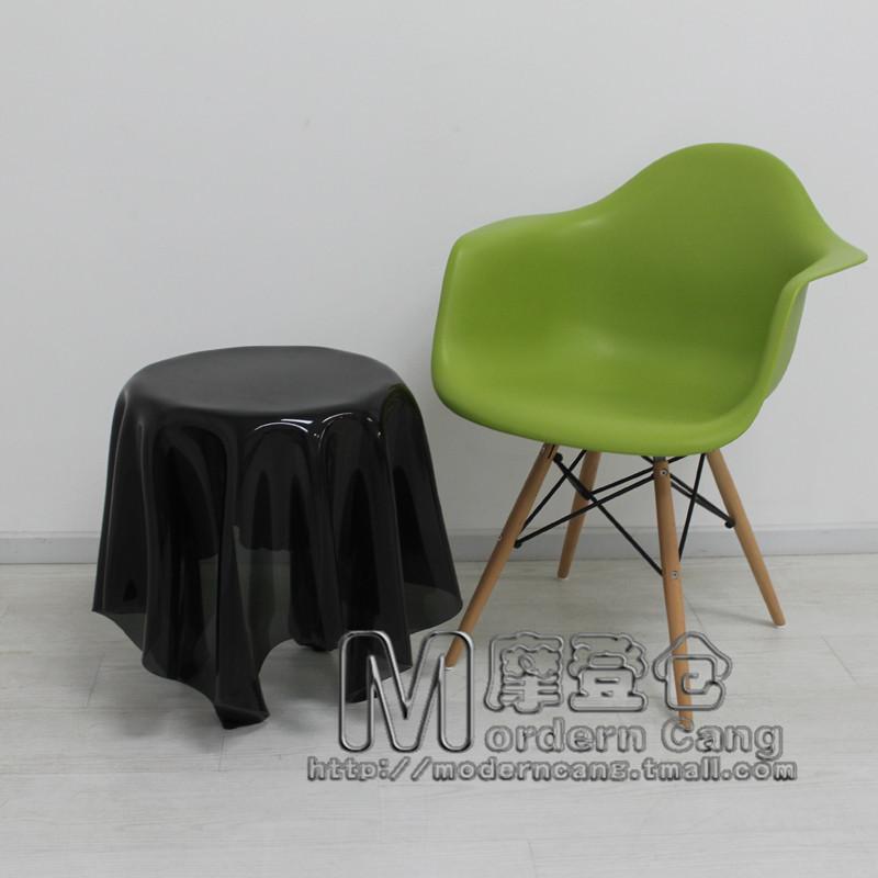 Denmark Esseyillusion Ghost Handkerchief Magic Coffee Table Coffee Tables Tablecloths Casual