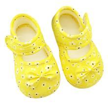 תינוקות Prewalker פעוט בנות קיד Bowknot רך אנטי להחליק עריסה נעליים ראשון הליכונים(China)