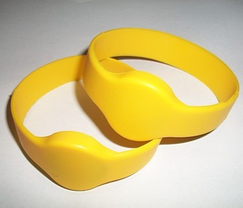 Yellow  black&blue  10pcs A lot of  ISO14443A mifare1K S50  economy silicone wristband
