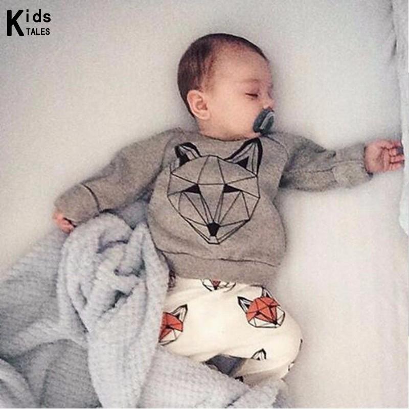 Perfecto para que el bebé recién nacido lo use en la vida diaria o para ocasiones especiales. También se puede utilizar como accesorio de fotografía y accesorio de vestuario. Color beige. Material: Algodón. Tamaño: alrededor de 13x12x2 cm; Descripción Hecho de algodón de alta calidad, los calcetines son suaves y cómodos de llevar. El diseño de la decoración Bowtie hace que tu bebé se ponga más de .