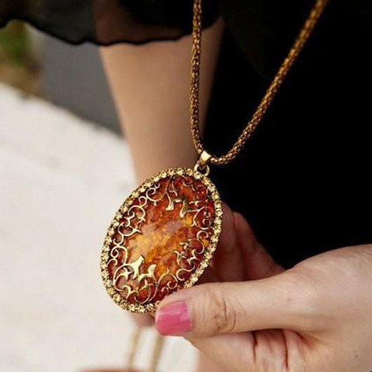 Free shipping Delicate amber hollow vintage long necklace statement necklace fashion necklaces for women necklaces pendants(China (Mainland))