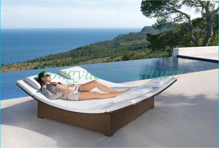 wicker outdoor double lounge chair set furniture with. Black Bedroom Furniture Sets. Home Design Ideas