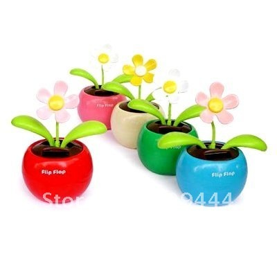 solar flower   Free shipping  no battery no water the leaves flip flap under sun light