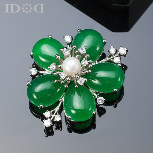 Здесь можно купить  Jade Brooch Classical Wind Jewelry A Corsage Chain.Scarves Buckle High-End First Act The Role Ofing Is Tasted Jade Brooch Classical Wind Jewelry A Corsage Chain.Scarves Buckle High-End First Act The Role Ofing Is Tasted Ювелирные изделия и часы