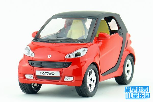 1 PC Alloy model car 1:32 copy Mercedes smart mini toy SanKaiMen back to light children gifts(China (Mainland))