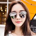 2017 New Fashion Women 6 Colours Luxury Flat Top Cat Eye Sunglasses Women uv400 Twin Beam