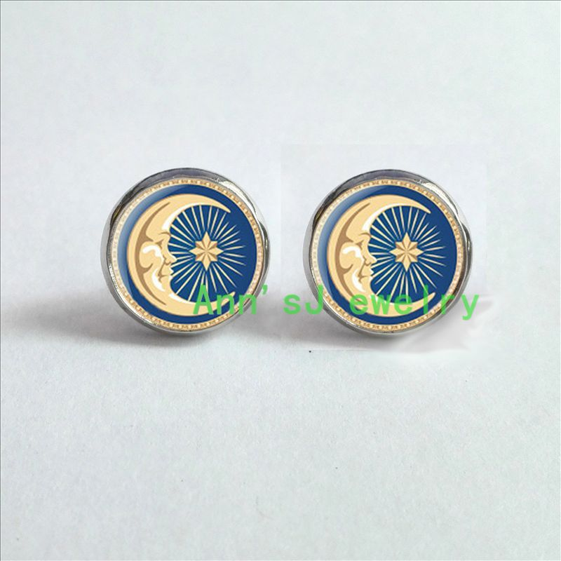 ES-00462 J-153 ear nail Sun and Moon ear stud sun, moon solar system planets, galaxy, space, gift for men, wedding gift,vintage(China (Mainland))