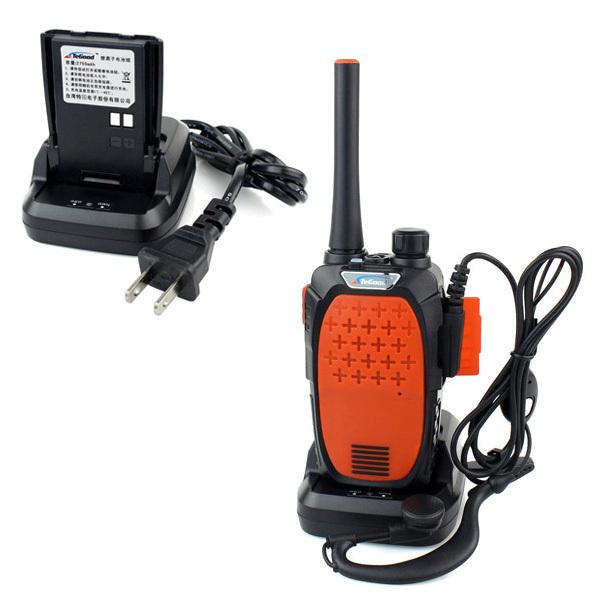 Orange Walkie Talkie TeGood TG-189 UHF 400-480 MHz 5W 16CH Monitor Flashlights With Earpiece FM Transceiver Small Two Way Radio(China (Mainland))
