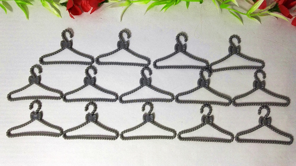 20//40//100PCS Hangers Mixed For Toy Doll Hanger Barbie Doll Clothing Accessories