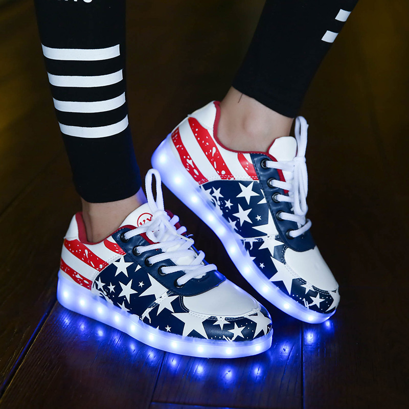 Fantastic KOBE BRYANT LIGHT UP SHOES