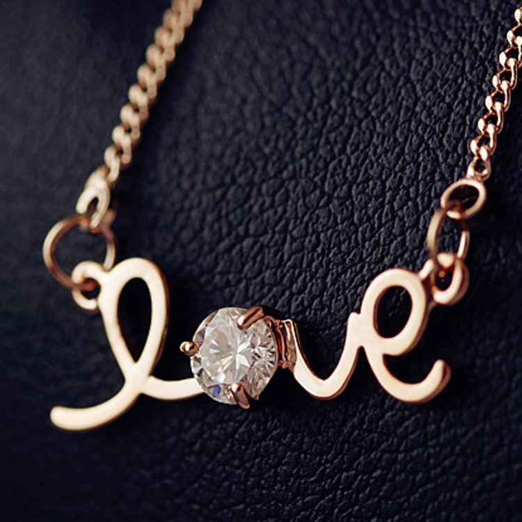 Love18K Rose Gold Pated Pendant Necklace women Jewelry Austrian Crystal - Sycamore Trade store
