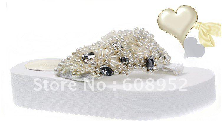 Здесь можно купить  2014 Platform Flip Flops With Rhinestones For Wedding  Обувь