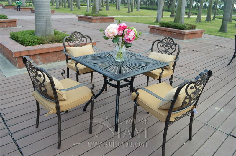 5-piece cast aluminum durable garden furniture set used for years(China (Mainland))