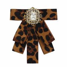 Ahmed 30 Stile Rhinestone Di Lusso Del Fiore della Tela di Canapa Stampata Leopard Bow Tie Spille per Le Donne Monili di Modo Del Collare Dropshipping(China)