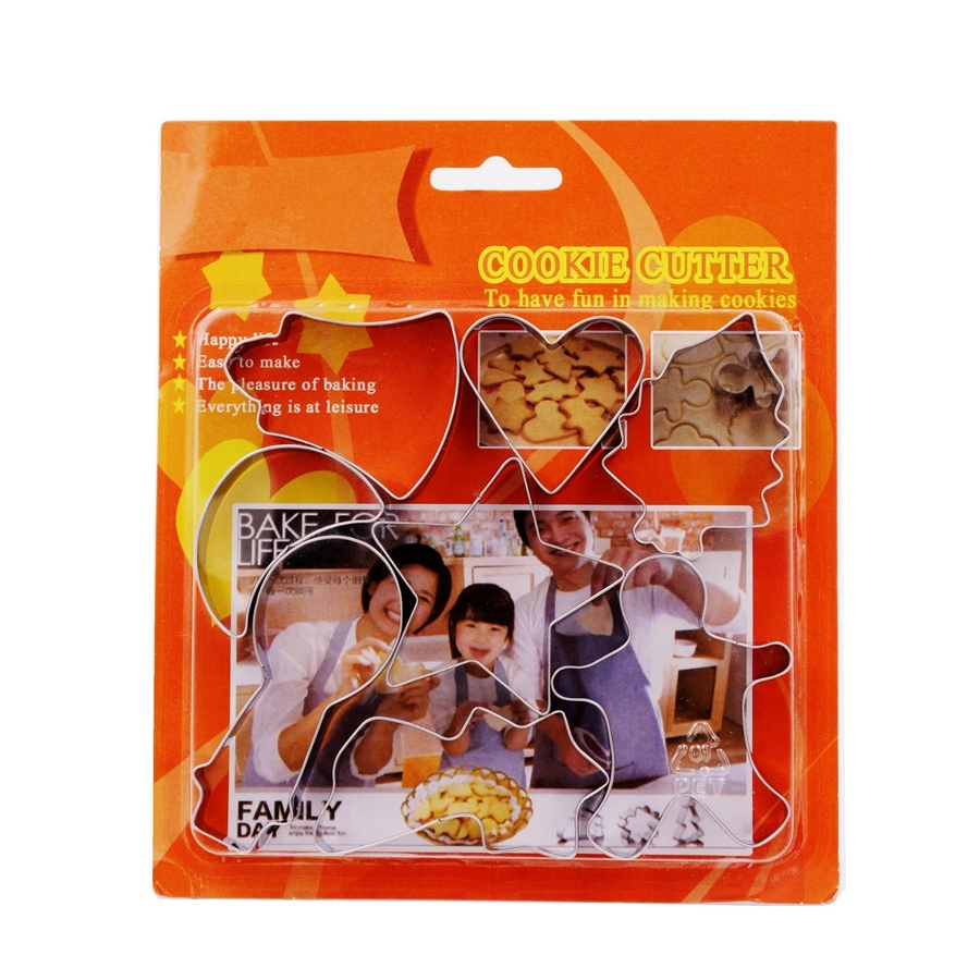 8pcs Merry Christmas Cookie Cutter Metal Cookie Stamp Biscuit Mold Cookie Tools Children Party Decoration Christmas Ornament(China (Mainland))