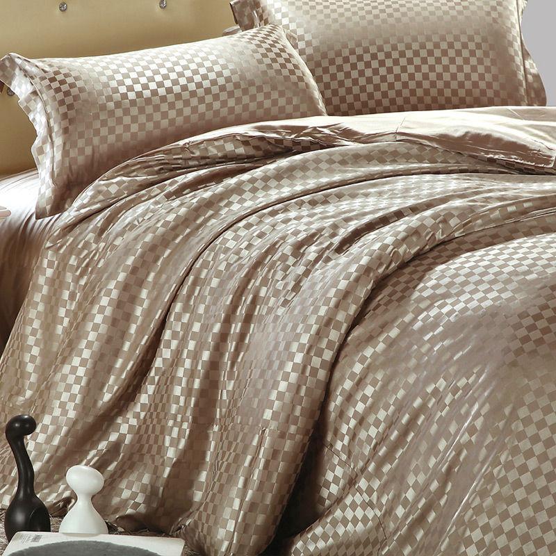 New Luxury Bedding set Satin 4pcs Bedclothes Solid Color Bed Linen sets Queen King Size Set Bedsheet Cotton Duvet Cover(China (Mainland))