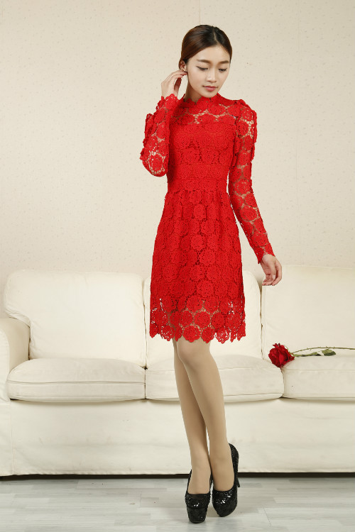 Free Shipping ! 2014 Spring Summer Fashion New Long Sleeve Rose Flowers Knee-length Pure Green & Red & White Lace Dresses Women(China (Mainland))